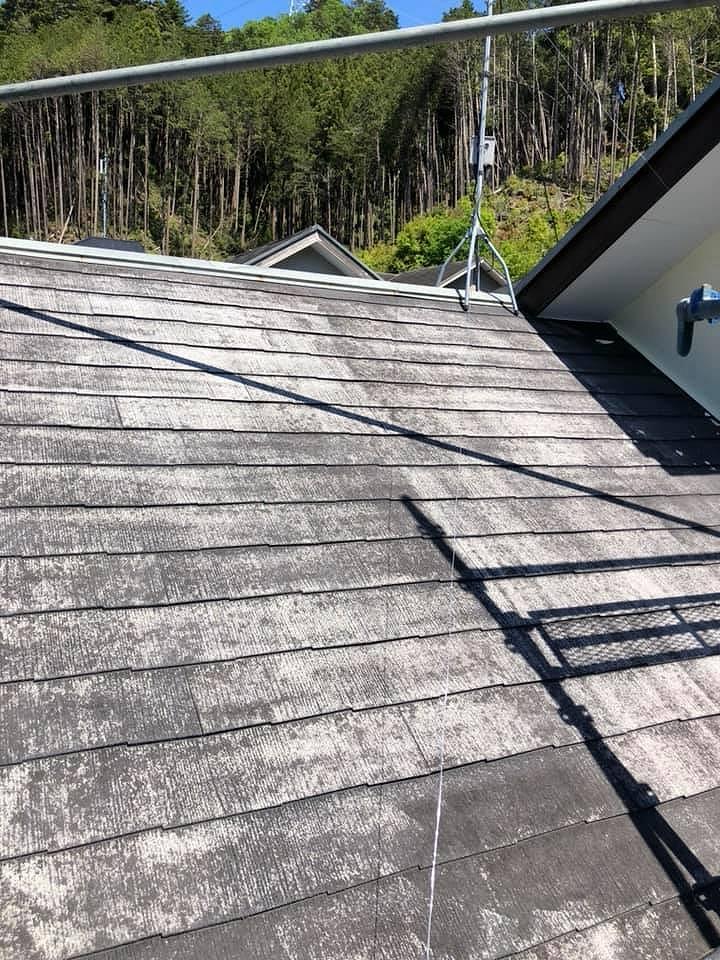 川越市で天然石付ガルバリウム鋼板金属屋根カバー決断理由と施工の注意点のご紹介