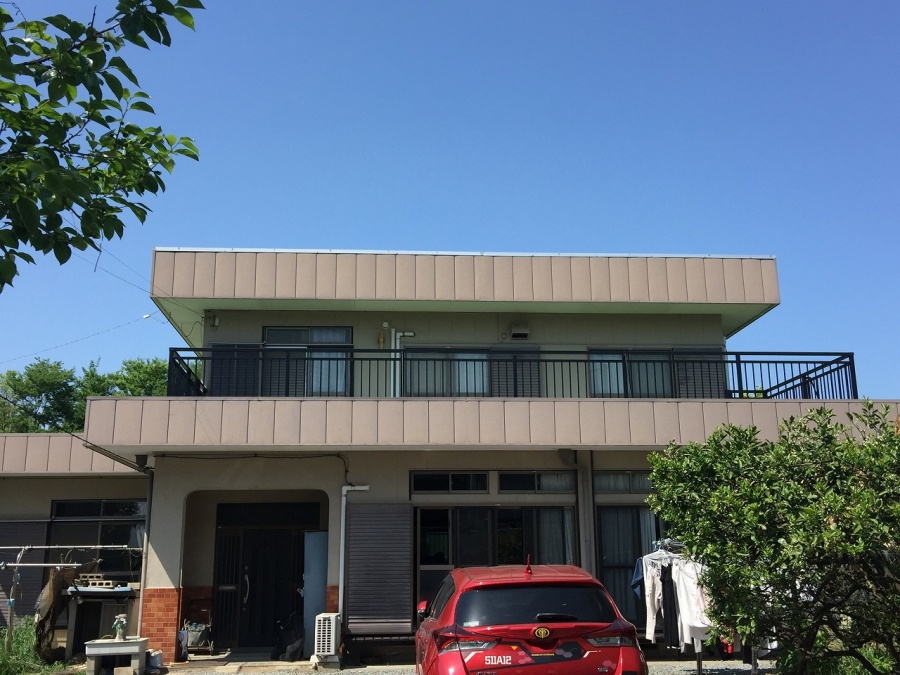 埼玉県鴻巣市トタン屋根金属屋根葺き替え