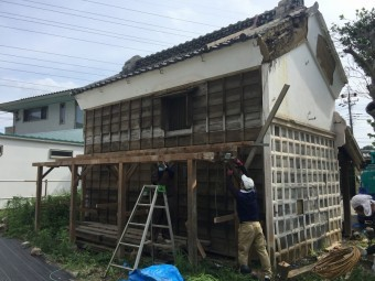 埼玉県川越市蔵の屋根葺き替え